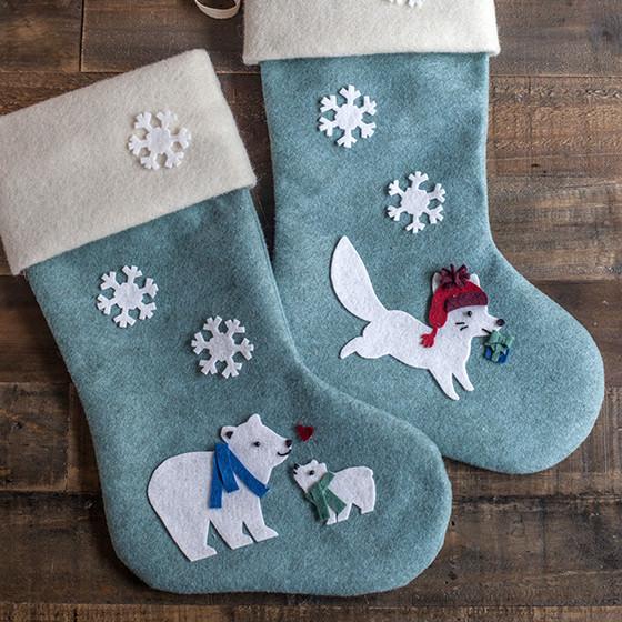 diy felt christmas stockings - Monogrammed Christmas Stockings
