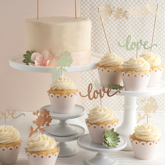 Sparkly diy cake toppers for wedding or birthdays diy wedding cake and cupcake topper solutioingenieria Choice Image