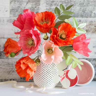 99 stunning crepe paper flowers with easy diy tutorials painterly crepe paper poppies poppy pods crepe paper flowers mightylinksfo