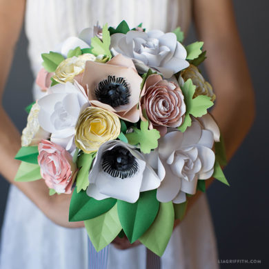 Patterns and tutorials to make paper wedding flowers at home paper garden flower bouquet paper wedding flowers mightylinksfo