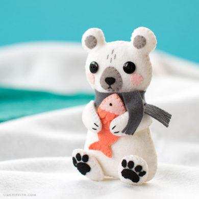 253 felt crafts patterns and diy tutorials to indulge your creativity diy felt polar bear stuffie felt animals publicscrutiny Gallery