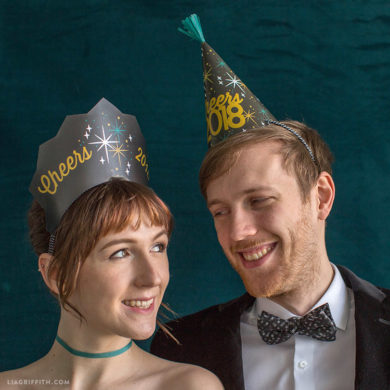 If you are organizing the birthday party of your son who is in love with  formula one racing, then you can make your own party hats with racing car  themed ...
